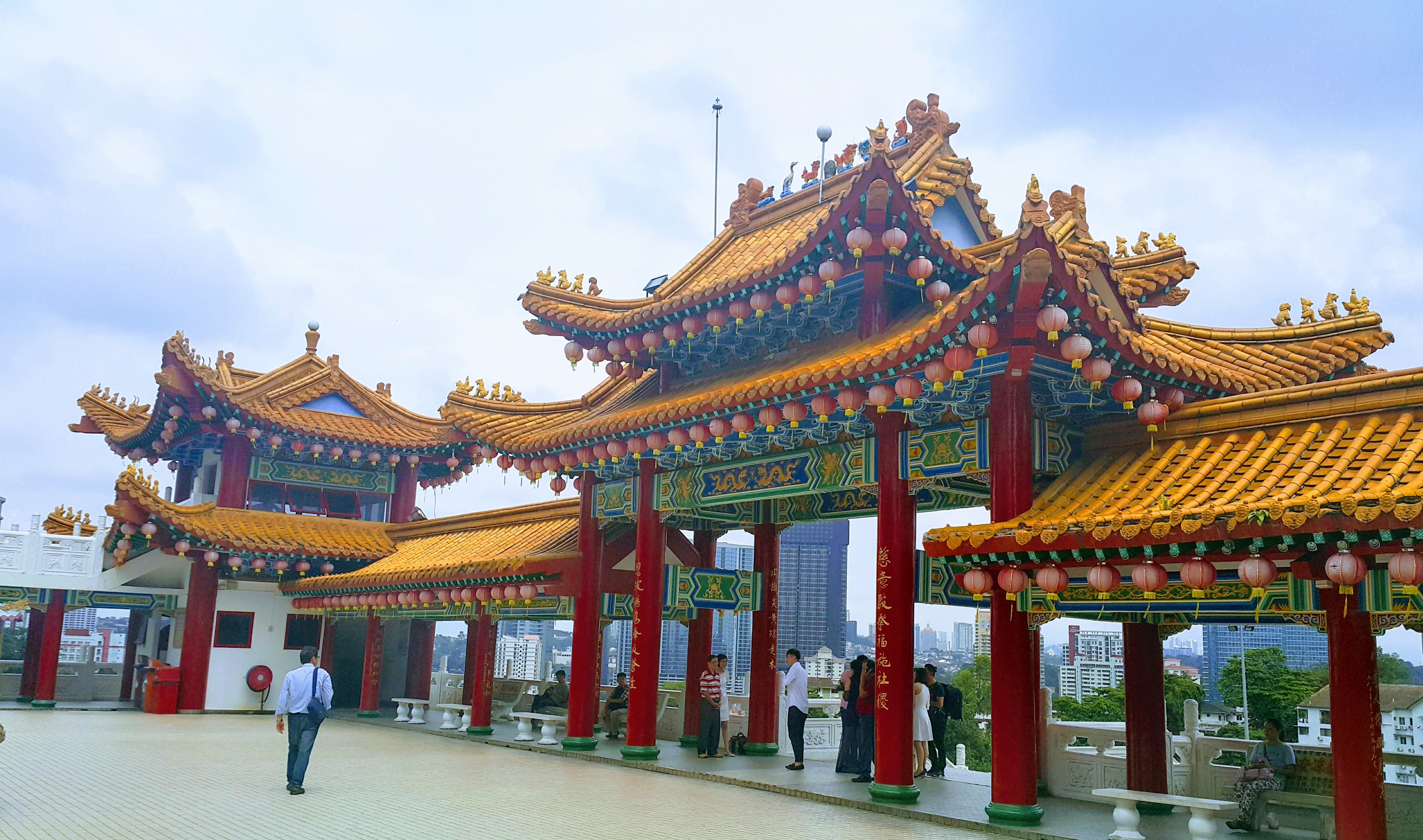 Thean Hou Temple, Çin Budist Tapınağı Girişi