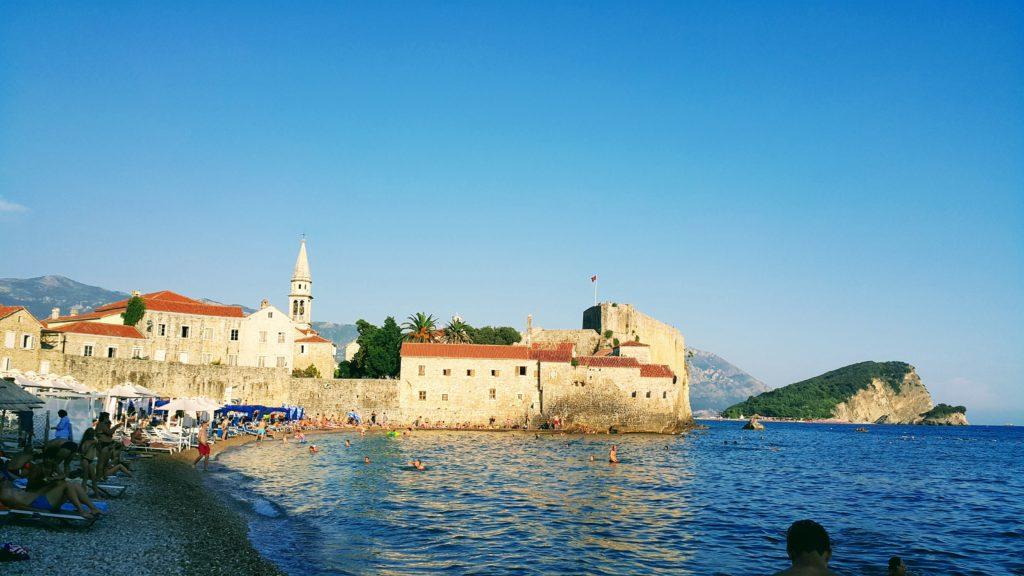 Old Town Budva ve Tarihi Şehir ile Komşu Plaj