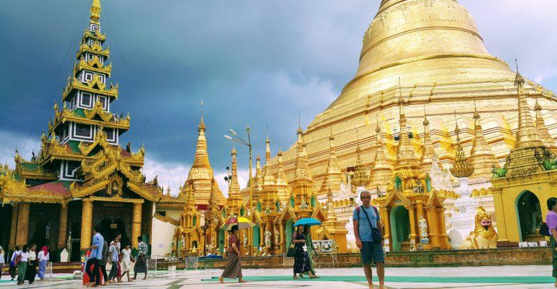 Yangon Shwedagon Tapınağı