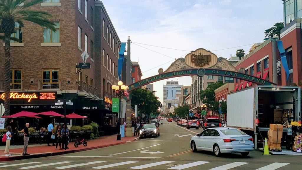 Gaslamp Quarter Semtindeki 1.Cadde